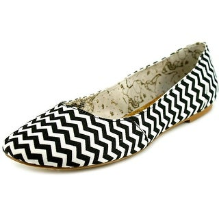 Movmt Grace Flat Round Toe Canvas Flats