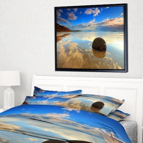 Designart 'Sunrise at Moeraki Boulders' Seashore Photo Framed Canvas Art Print