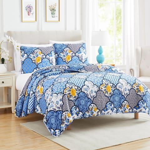 Floral Geometric Farmhouse Blue Quilt Set