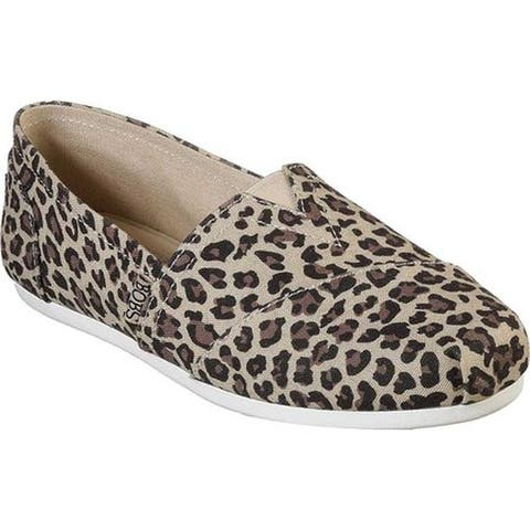 Skechers Women's BOBS Plush Hot Spotted Alpargata Leopard