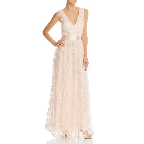 Laundry by Shelli Segal Women's 3D Floral Lace Sleeveless Long V-Neck Gown - Blush
