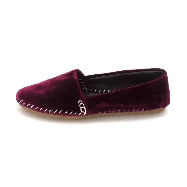Me Too Womens SILK 12 Velvet Round Toe