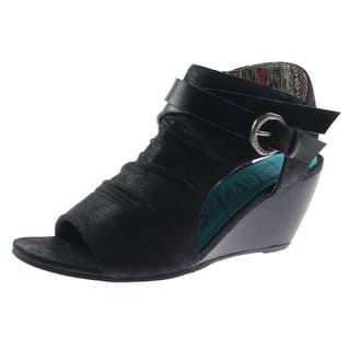 Blowfish Womens Budha Wedge Sandals Microfiber Belted - 6.5 medium (b,m)|https://ak1.ostkcdn.com/images/products/is/images/direct/bccba512bdb0db709300f4f1cfb17282d0c4b945/Blowfish-Womens-Budha-Wedge-Sandals-Microfiber-Belted.jpg?impolicy=medium