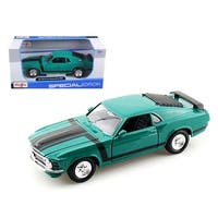 1970 Ford Mustang Boss 302 Green 1/24 Diecast Model Car by Maisto