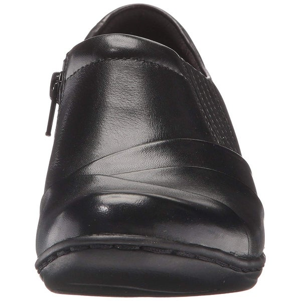 CLARKS Women/'s Channing essa Slip-On Loafer