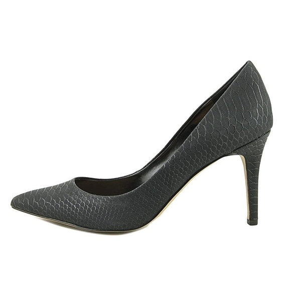 Jessica Simpson Womens Levin Pointed Toe Classic Pumps
