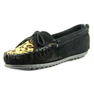 Minnetonka Leopard Kilty Youth Round Toe Leather Black Loafer