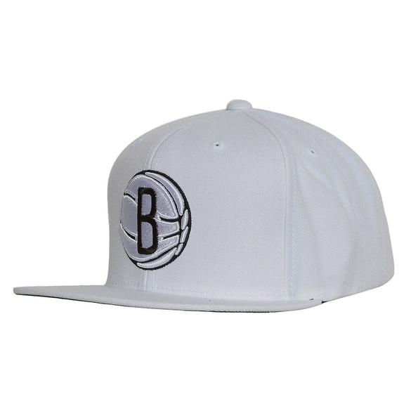 21c5202fd6d Shop Brooklyn Nets Logo Mitchell   Ness White Snapback Cap - Free Shipping  On Orders Over  45 - Overstock.com - 16949398