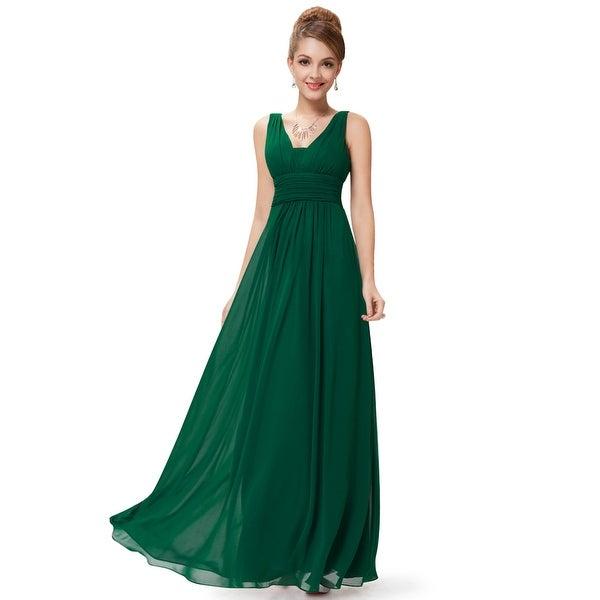 9835025a85a Shop Long Emerald Green Prom Dresses