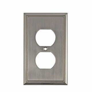 Richelieu BP852 Single Contemporary Duplex Outlet Switch Plate from the Decora Collection