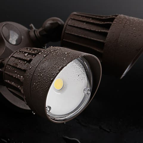20W Dual-Head Dusk to Dawn LED Outdoor Security Light, 3000K, Bronze - 1 Pack