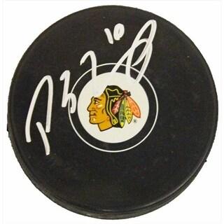 Patrick Sharp Signed Blackhawks Logo Hockey Puck