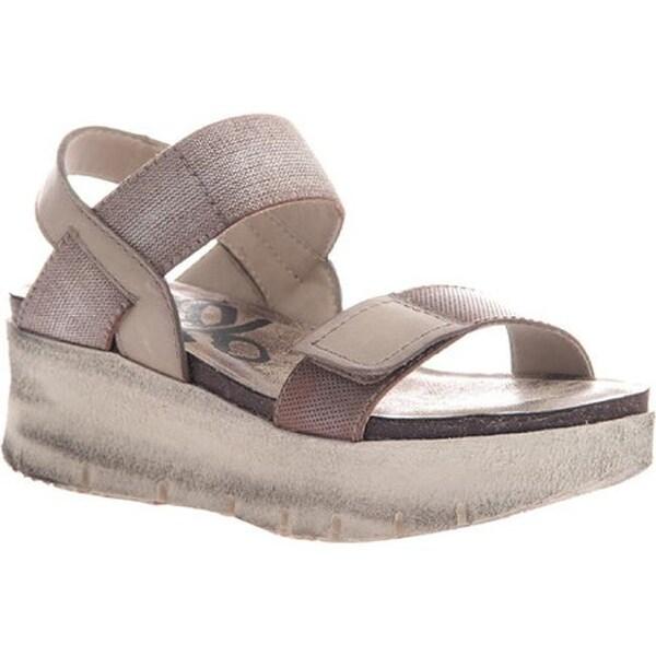 48d9490cab Shop OTBT Women's Nova Platform Sandal Silver Leather/Textile - Free  Shipping Today - Overstock - 14498120