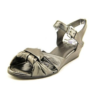 Amalfi By Rangoni Mandy Women SS Open Toe Leather Silver Sandals