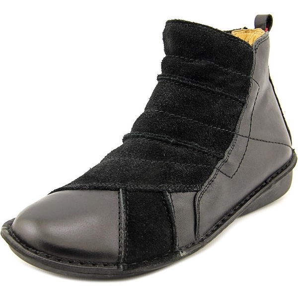 Spring Step Groove Women Round Toe Leather Black Bootie