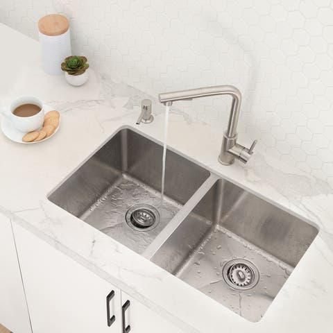 """31""""L x 18""""W Stainless Steel Double Basin Undermount Kitchen Sink with Strainers"""