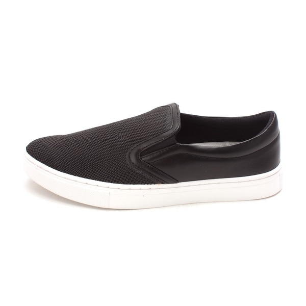 GUESS Womens Farilyn2 Low Top Slip On Fashion Sneakers