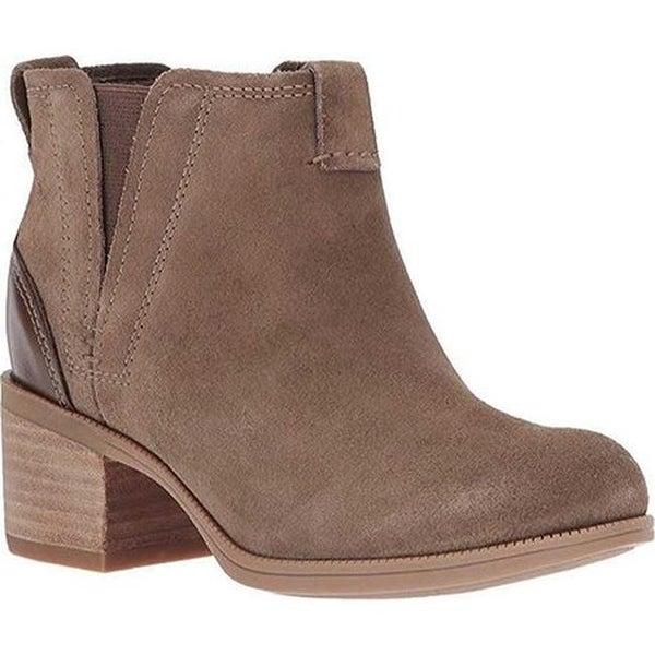 0351ca6ea2c8b Clarks Women  x27 s Maypearl Daisy Chelsea Boot Olive Suede Full Grain  Leather