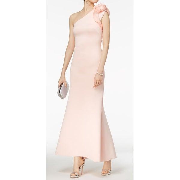 9385944dbd277 Shop Betsy Adam Blush Pink Womens Size 10 Floral-Shoulder Scuba Gown ...
