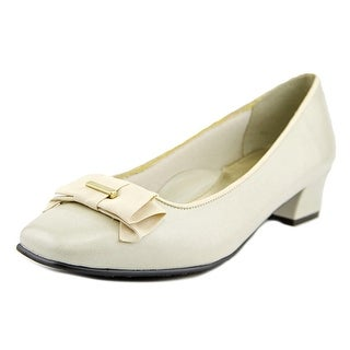 Soft Style by Hush Puppies Sharyl Women  Square Toe Synthetic  Heels
