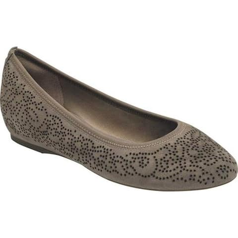 Rockport Women's Total Motion 20mm Perforated Ballet Flat Warm Iron Kid Suede