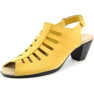 Munro American Abby Women SS Open-Toe Leather Yellow Slingback Sandal