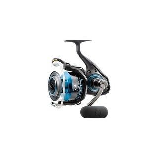 Daiwa Saltist 4000 Spinning Reel with 8BB and Automatic Tournament Drag System