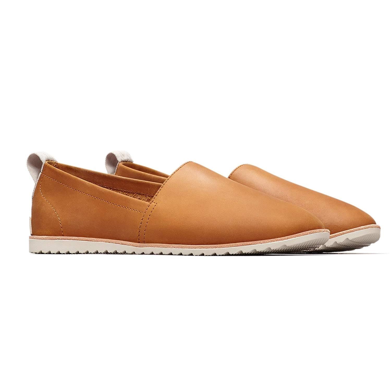 casual closed toe shoes