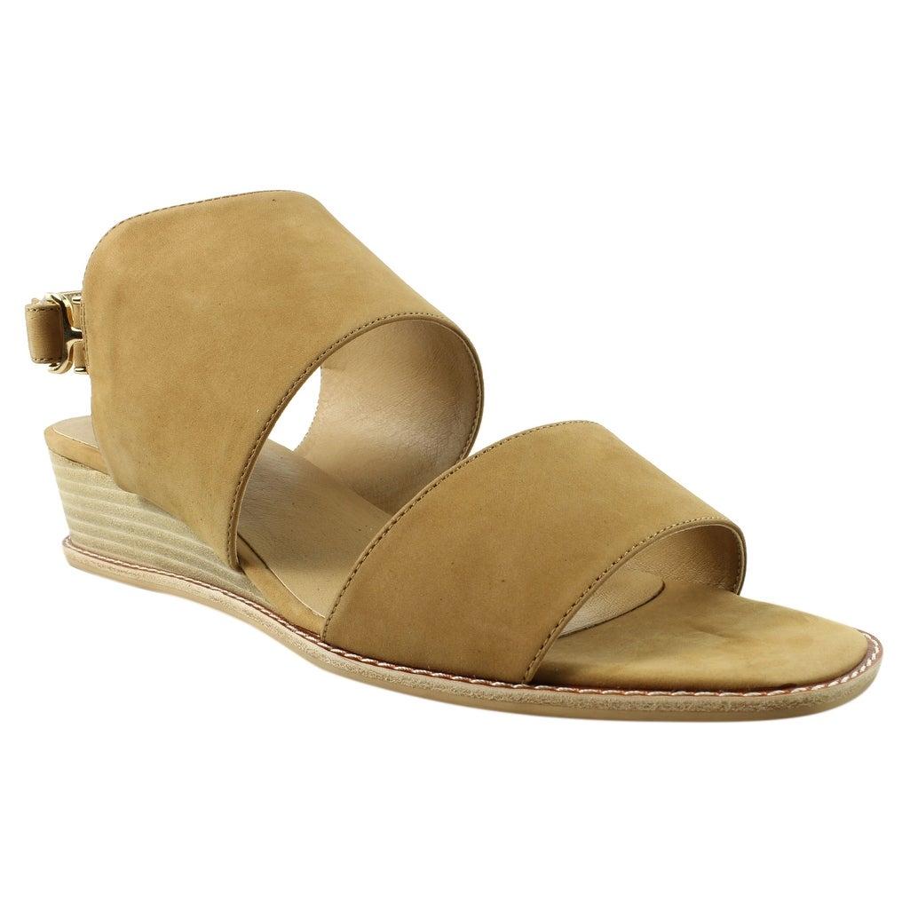 5454d12beb Vaneli Shoes