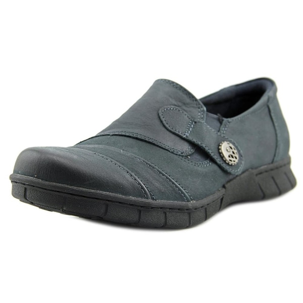 Earth Origins Naya W Round Toe Leather Loafer
