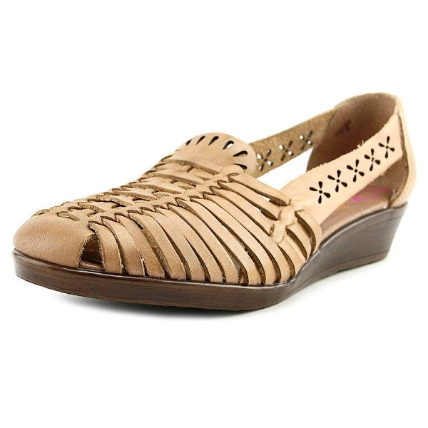 Comfortiva Fairfax Women Natural Sandals