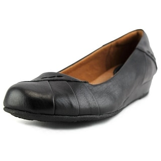 Montana Veronique Women Round Toe Leather Flats