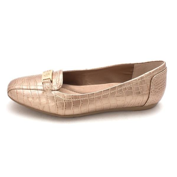Giani Bernini Womens jileeseoro Closed Toe Loafers