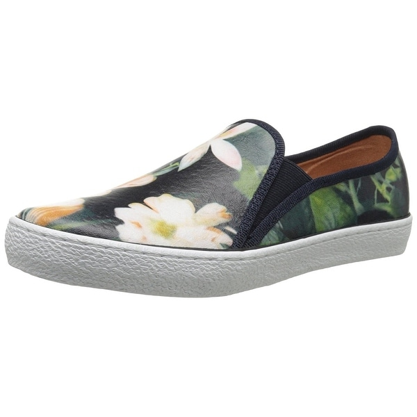 Corso Como Womens DUFFY Leather Low Top Slip On Fashion Sneakers