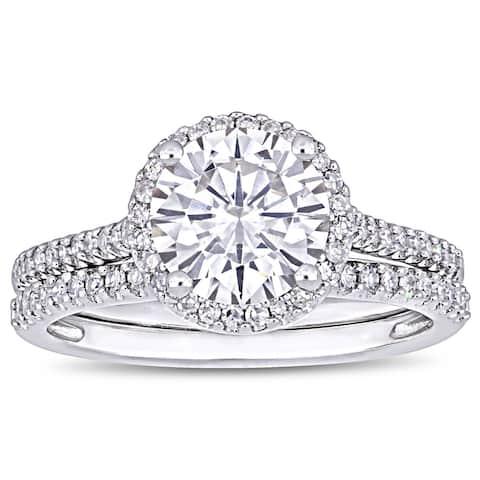 Miadora 2ct DEW Moissanite and 1/3ct TDW Diamond Halo Bridal Ring Set in 14k White Gold
