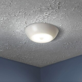 Mr Beams MB990 Wireless B/O UltraBright Motion Sensor LED Ceiling Light, White