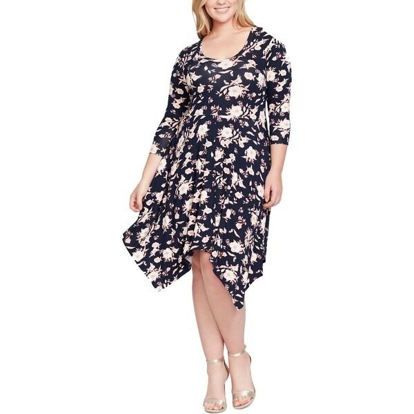 2964ef39f3a28 Jessica Simpson Womens Plus Kaelin Party Dress Floral Print Handkerchief Hem