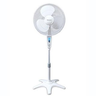 "Kaz Inc - Hs-1665 - Hw Quietset 16"" Stand Fan Whte"