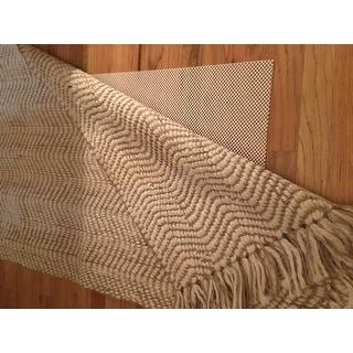 Carson Carrington Borgholm Handmade Texture Turku Jute Area Rug