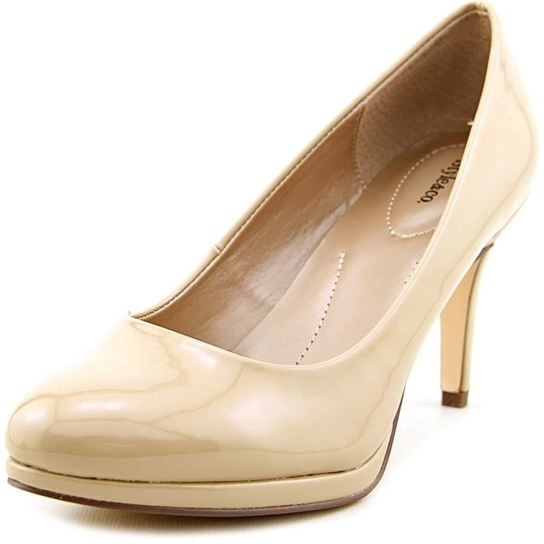 Style & Co. Womens NIKOLETE Closed Toe Classic Pumps