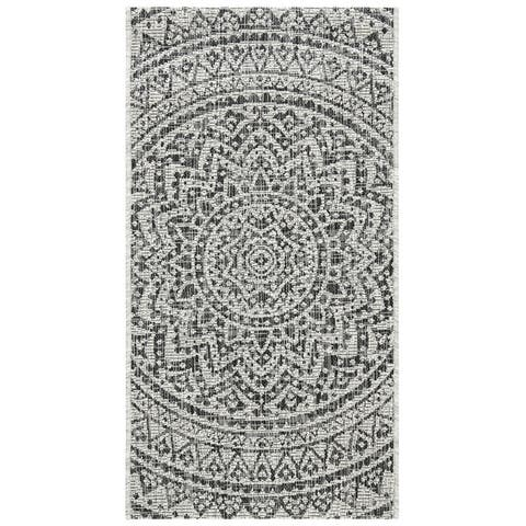 SAFAVIEH Courtyard Fran Mandala Indoor/ Outdoor Patio Backyard Rug