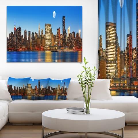 Designart 'Late Evening NYC Skyline Panorama' Cityscape Photo Canvas Print