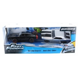 Fast & Furious 1:32 Die-Cast Vehicle 2-Pack Dom's Charger and Roman's Camaro