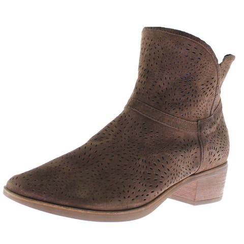 Ugg Australia Womens Daring Ankle Boots Suede Perforated - Chocolate