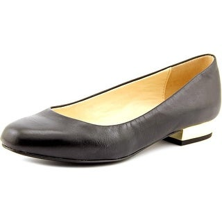 Isaac Mizrahi Janna Women Round Toe Leather Black Flats