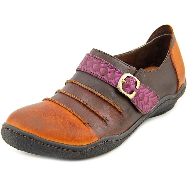 Spring Step Expel Women Round Toe Leather Loafer