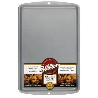 "Wilton 2105-967 Recipe Right Medium Cookie Pan, 15-1/4"" x 10-1/4"""