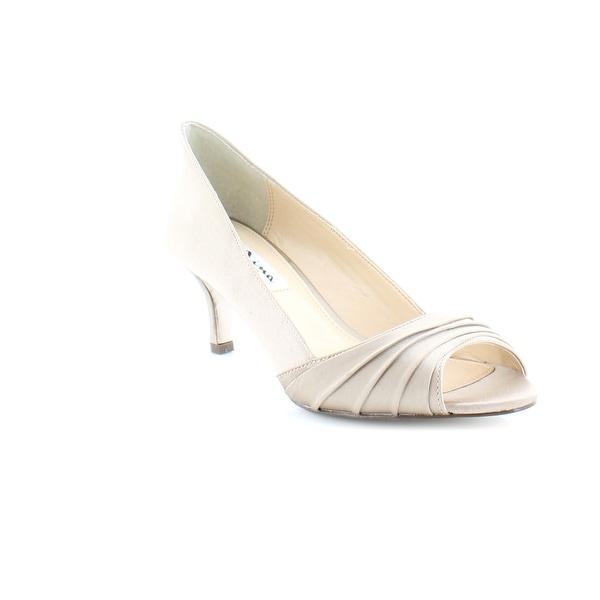 Nina Carolyn Women's Heels Champagne