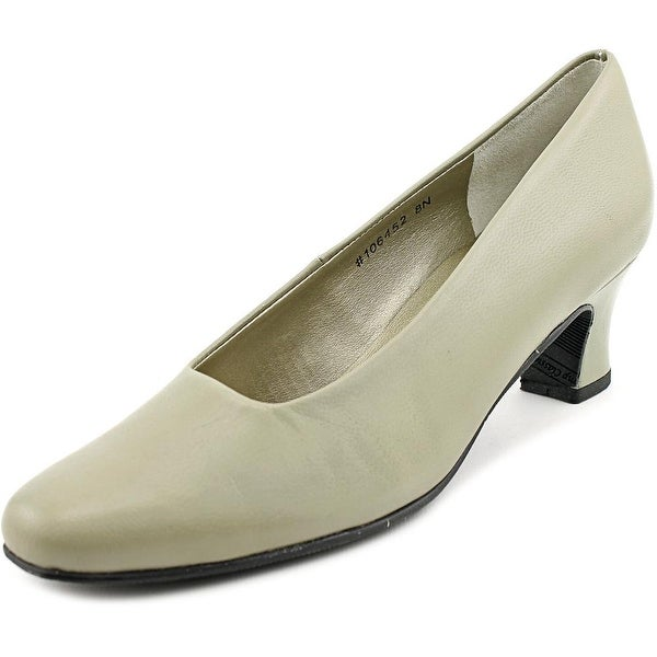 Mark Lemp By Walking Cradles Vicki Womens Taupe Pumps