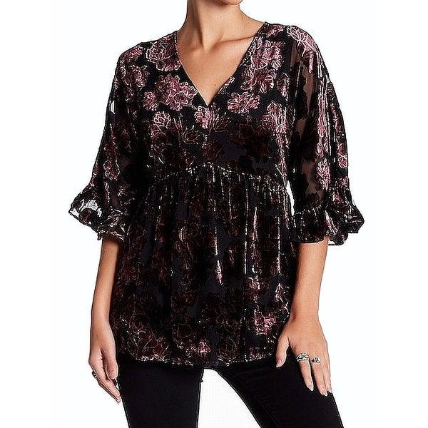 a7e4102359ab9 Shop DR2 Black Women's Medium V-Neck Floral Velvet Blouse - On Sale - Free  Shipping On Orders Over $45 - Overstock - 26921956